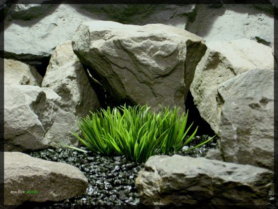 Artificial Atlantis Grass - Artificial Aquarium Plant - Reptile Habitat Plant - parp344