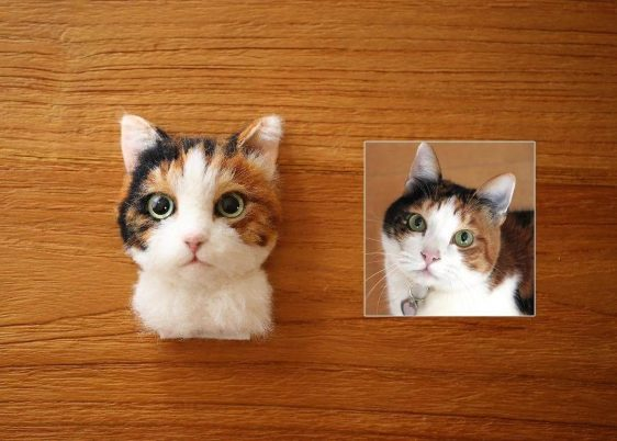 Wool Needle Felt Cat Portraits and Video Demonstration Artist: Wakuneco