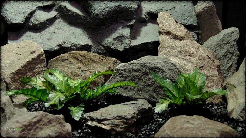 Artificial Silk Bracken Fern - Reptile Habitat Plant srp396