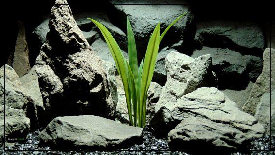 Artificial Yucca Grass - Aquarium Plant or Reptile Enclosure - parp426 1